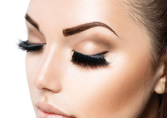 eyebrows-extensions-miami-treatment-header-mobile